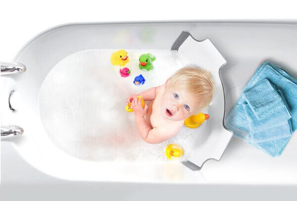 BabyDam Bathtub Divider | Top Baby Products for 2017 from the ABC Kids Expo